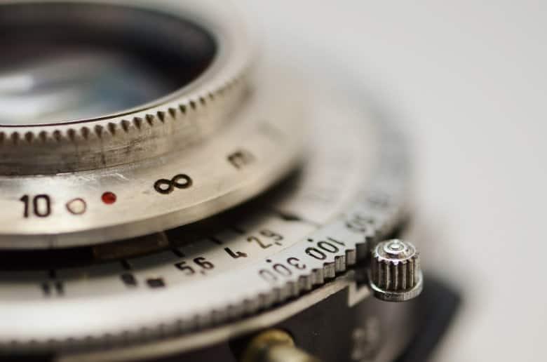 infinity mark on a lens