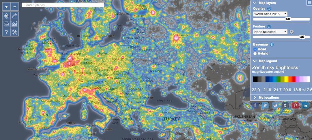 screenshot of Light pollution map