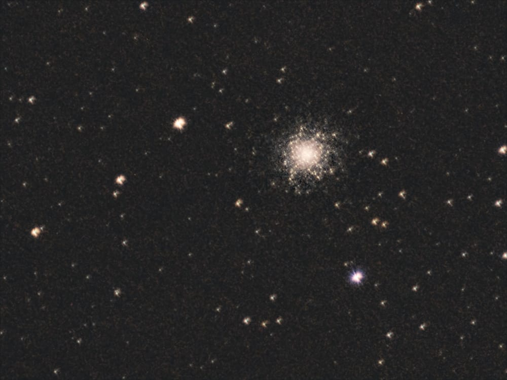 M13 Open Cluster taken with a Olympus Zuiko OM 300 f:4.5 legacy lens