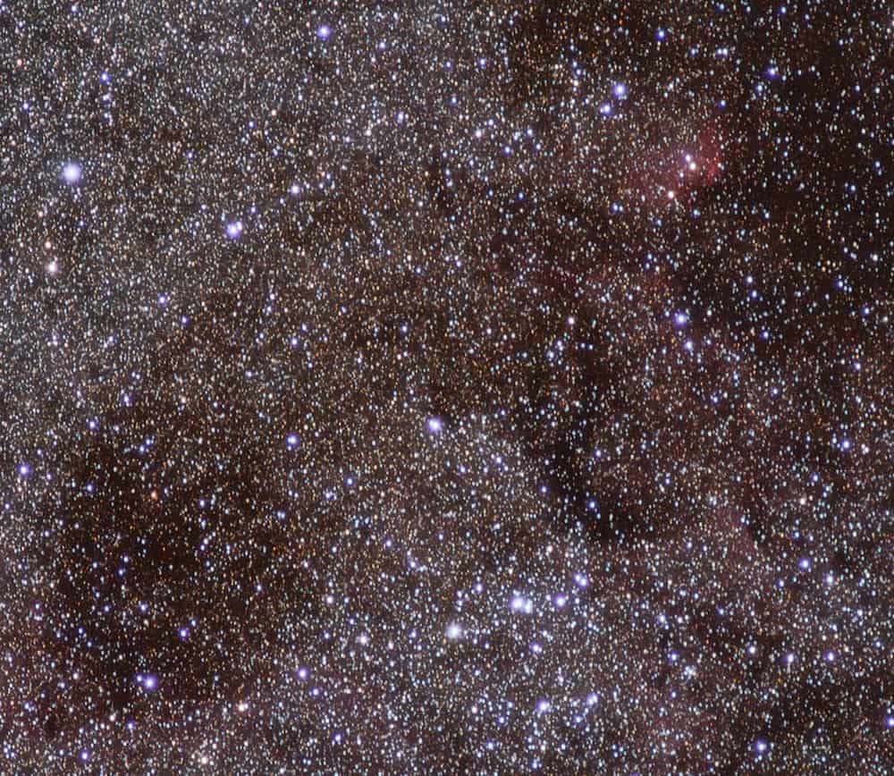 Purple fringe around the brightest stars