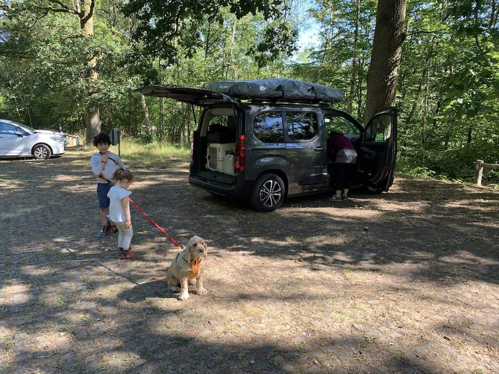 parking car at Belgian Ardennes with family