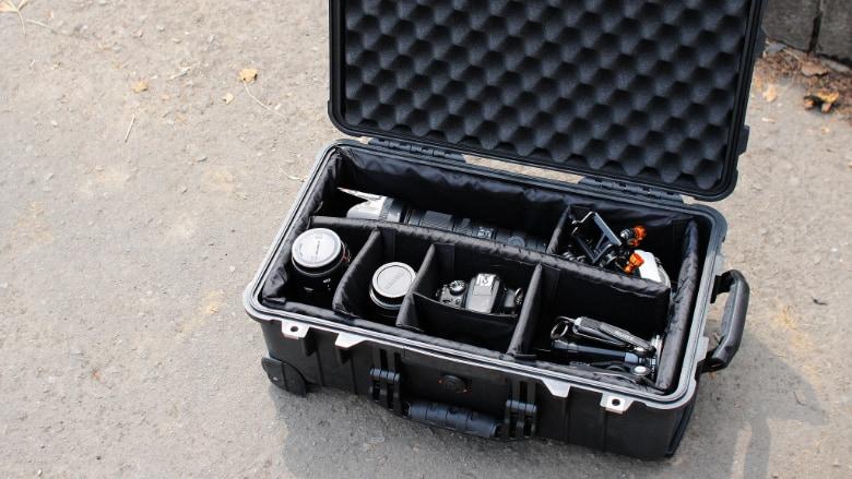 pelican 1510 single layer dividers protecting camera gear