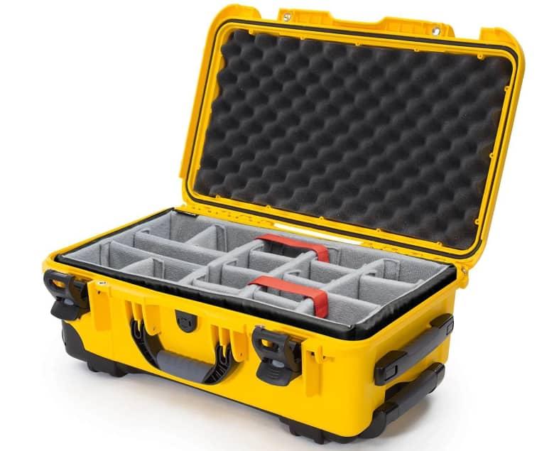yellow nanuk 935 case vs a dull pelican