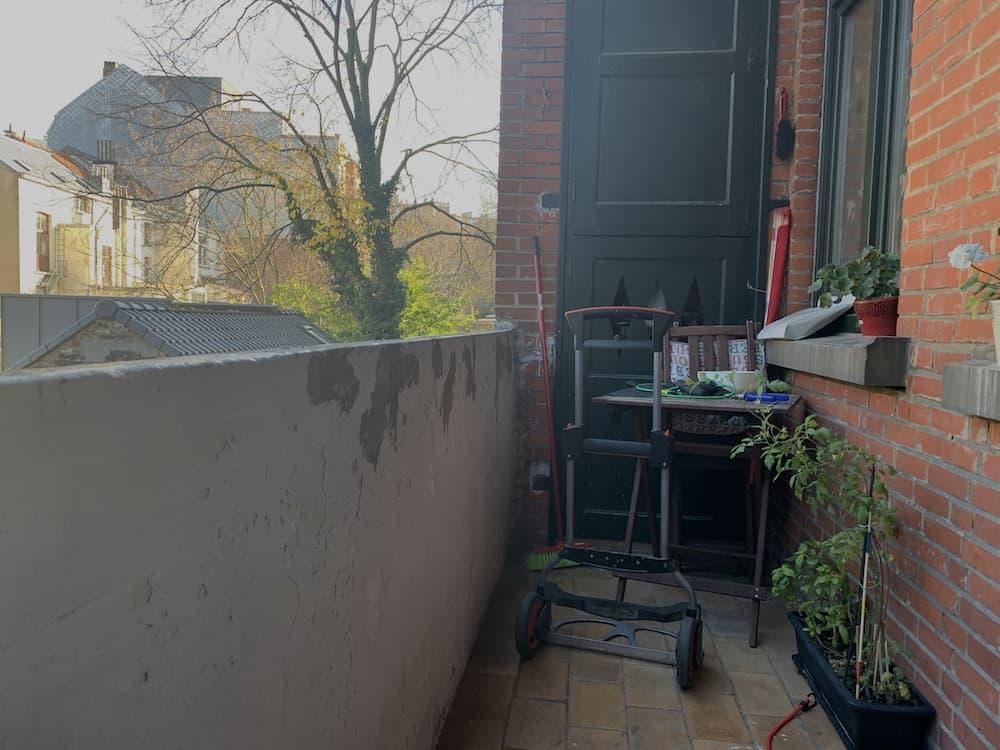urban astrophotography setup from balcony