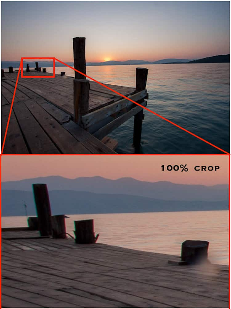 Example of Transverse Chromatic Aberration