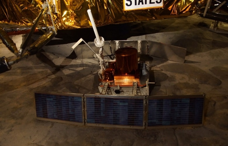 Replik Seismometer Apollo 11 Science Museum