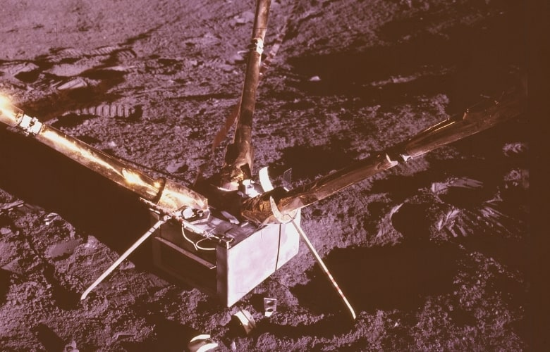 this magnetometer provided new data on the Moon's magnetic field