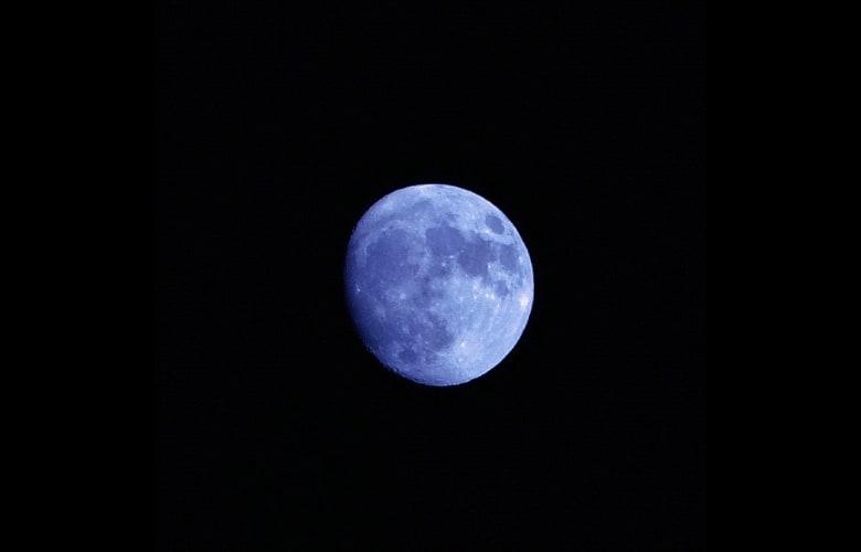 blue moon waxing